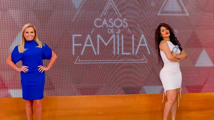 Christina Rocha e Flayslane divulgando o Casos de Família