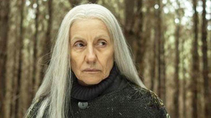 Cássia Kis como bruxa