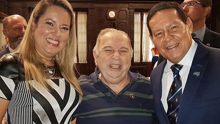 Sindicato indica Castrinho, aliado de Bolsonaro, para ser secretário de Cultura