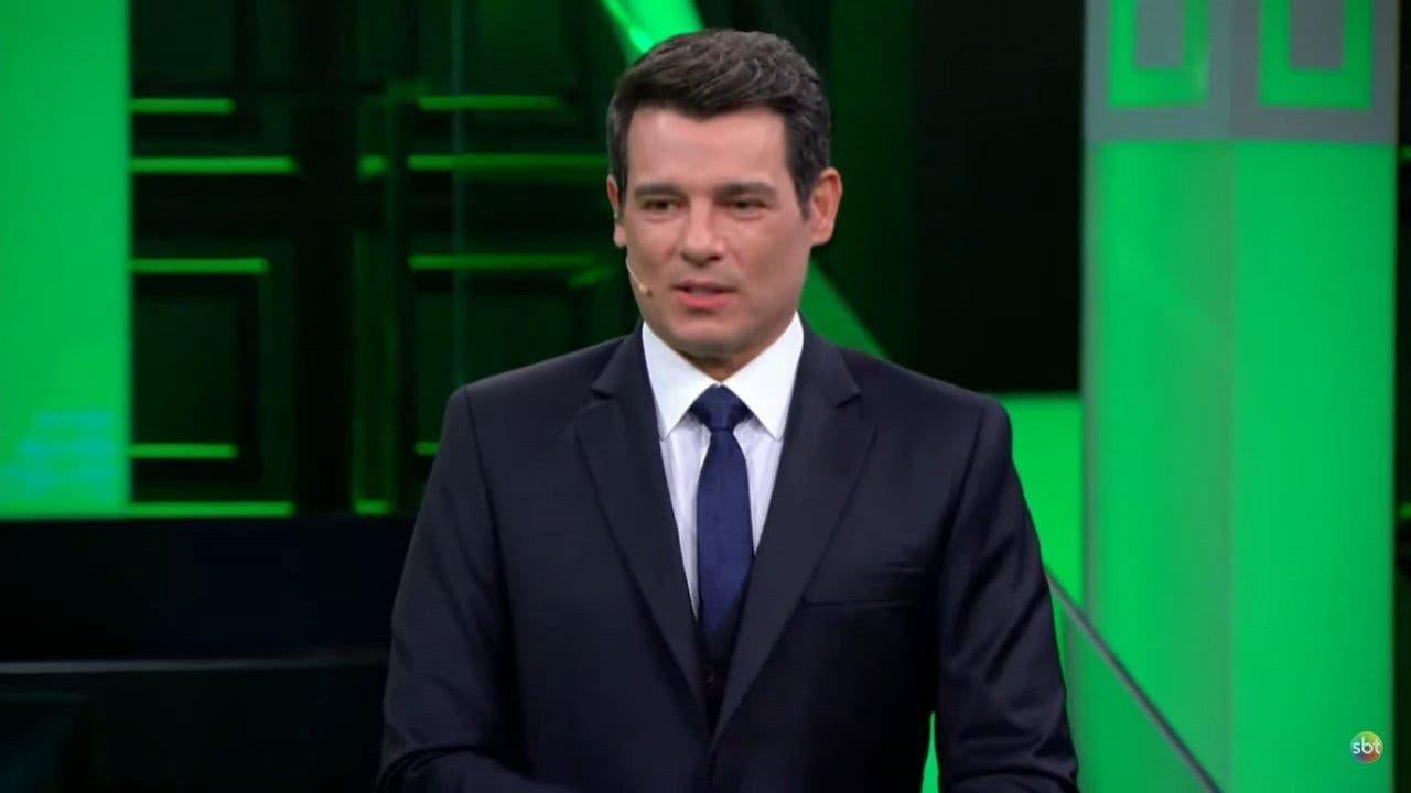 Celso Portiolli sério no Show do Milhão