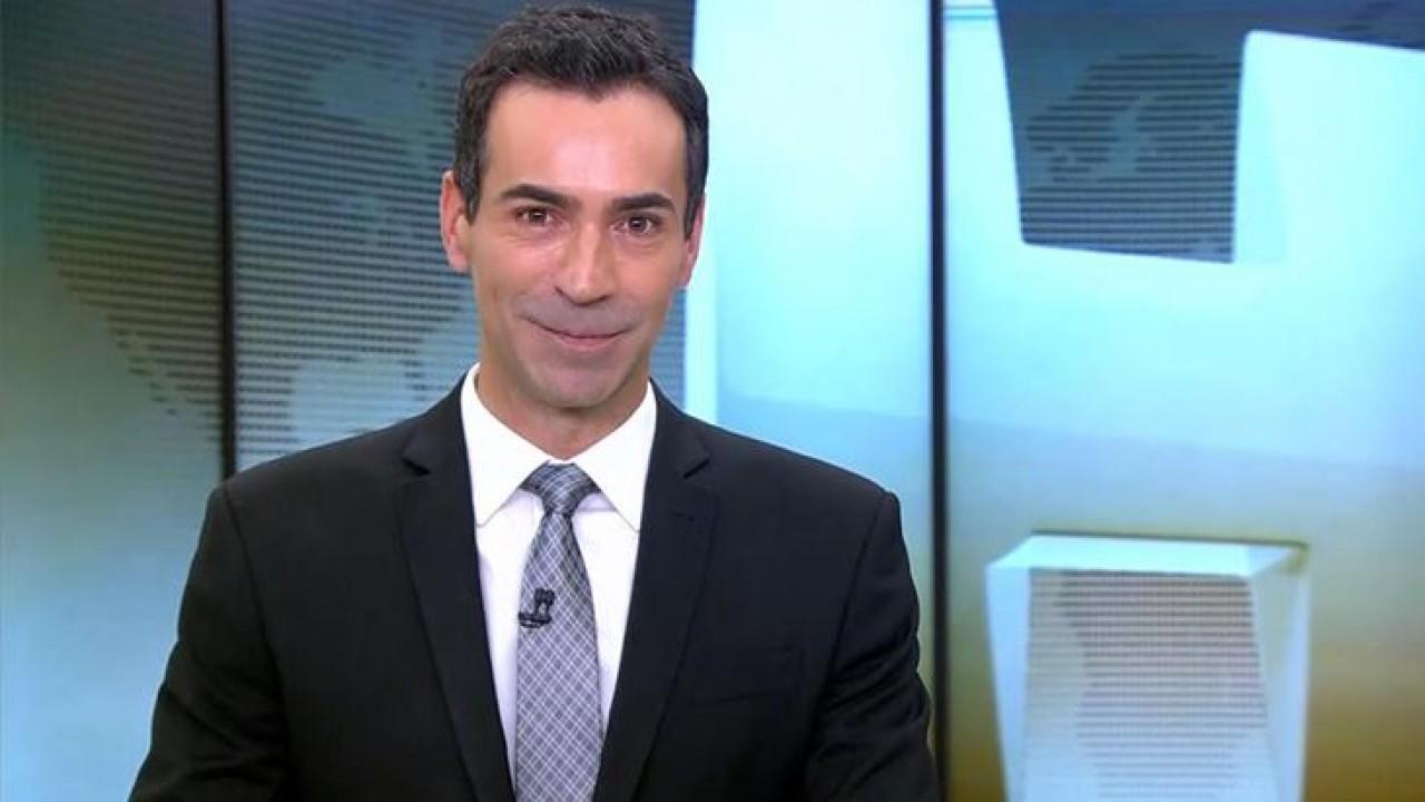 César Tralli no comando do Jornal Hoje