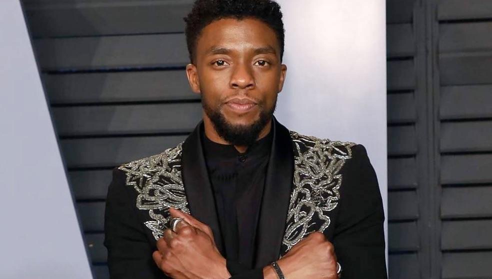 Chadwick Boseman, morto aos 43 anos, recebeu homenagens do elenco de Vingadores