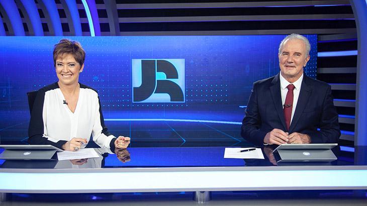 Christina Lemos e Celso Freitas no Jornal da Record