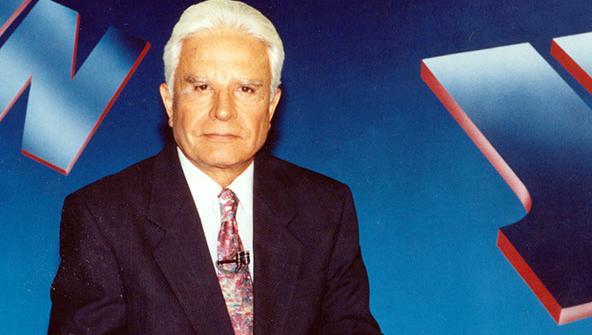 Cid Moreira revelou que já apresentou o JN de bermuda