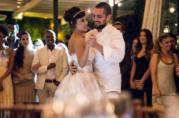 Clara e Vicente dançando