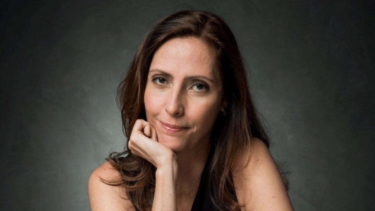 Claudia Souto, autora de Pega Pega, critica edição da Globo na reprise da novela