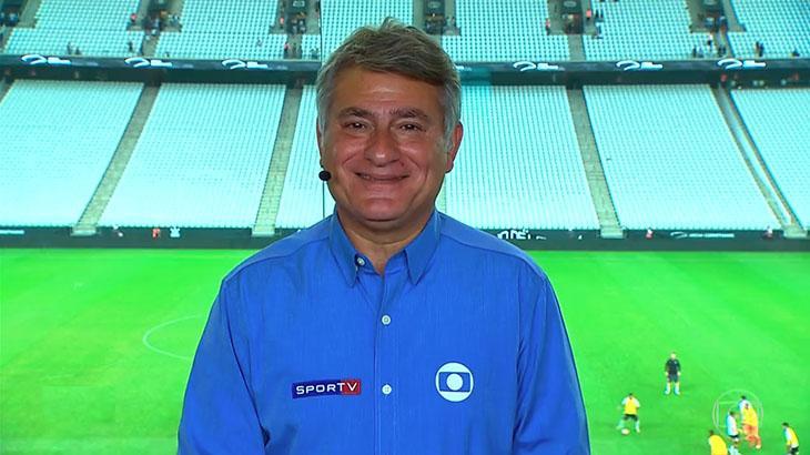 Cleber Machado, narrador da Globo, na Neo Química Arena
