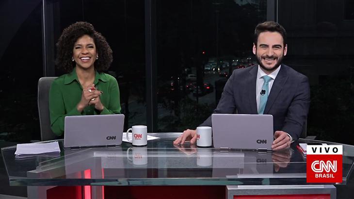 """Luciana Barreto dá """"boa noite"""" às três da tarde na CNN Brasil"""