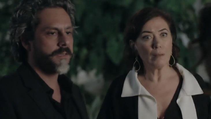 Império: Cristina se apresenta ao Comendador e acaba humilhada