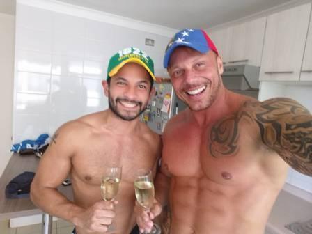 """Ex-BBB revela arrependimento em não ter se assumido gay: \""""Me deixou travado\"""""""