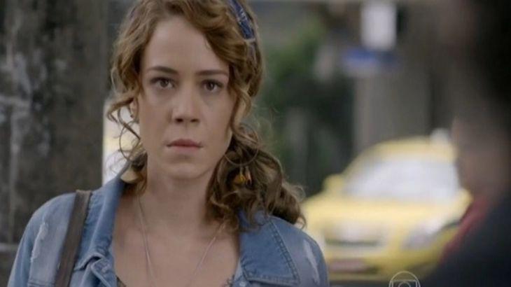 Império: Zé Alfredo discute e deixa Cristina sem reação
