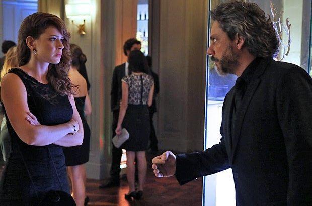 Império: Mal entendido faz José Alfredo se dobrar diante de Cristina