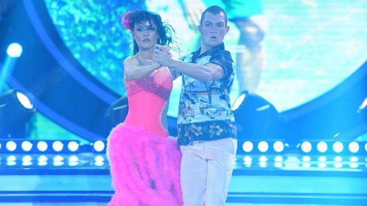 """Finalista do \""""Dancing\"""", Geovanna Tominaga confessa: \""""nunca imaginei que fosse voltar a dançar\"""""""