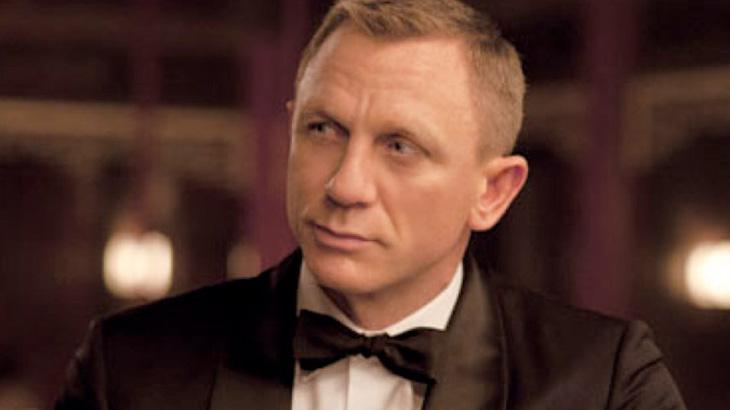 Angelina Jolie está na disputa pelo papel de Bond Girl no próximo filme do 007