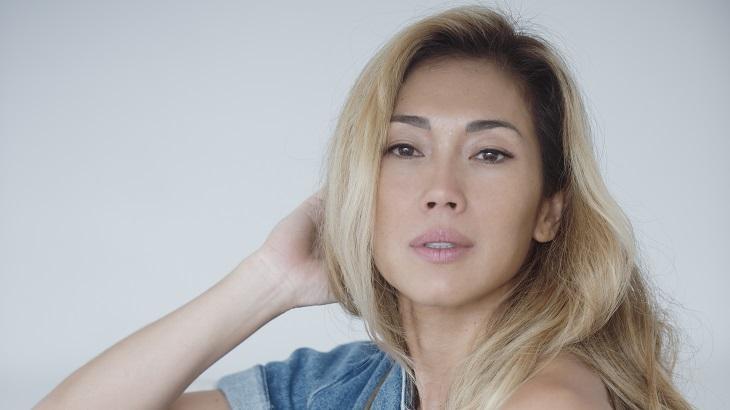 "Estrela da Globo e Prime Video, Danni Suzuki busca tempo para namorar: \""Dividir meus dias\"""