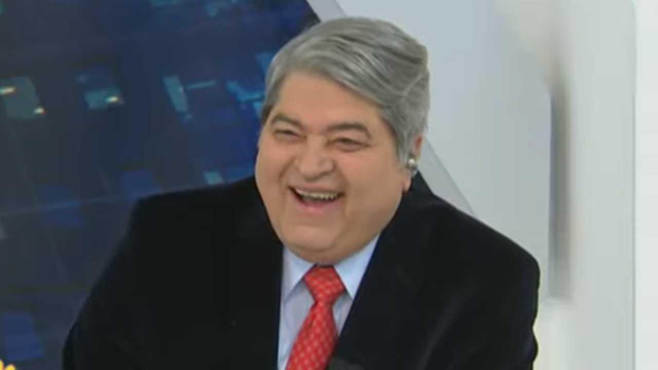 Datena sorridente no Brasil Urgente