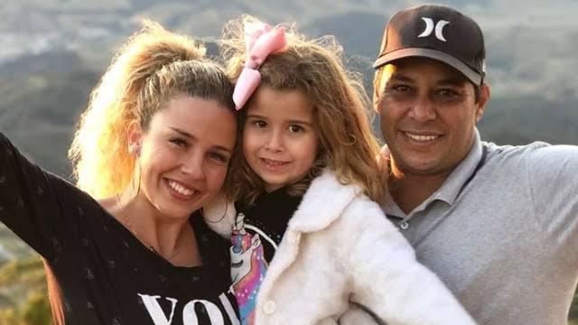 Debby e família