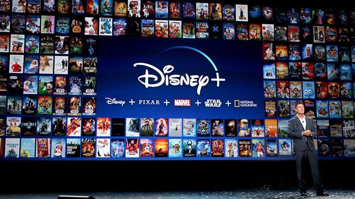 Executivo no lançamento do Disney+