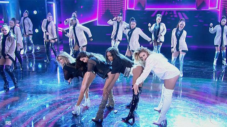 Fifth Harmony posa com Luan Santana e Pabllo Vittar