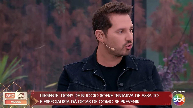 Dony De Nuccio falando no Vem pra Cá