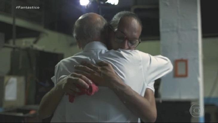 Drauzio Varella abraça presidiária Suzy, no Fantástico