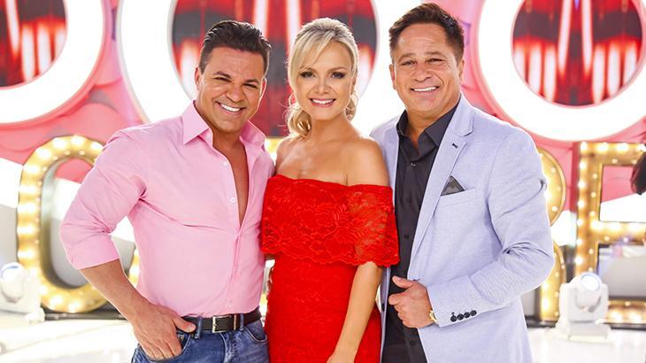 Eduardo Costa, Eliana e Leonardo posam sorrindo