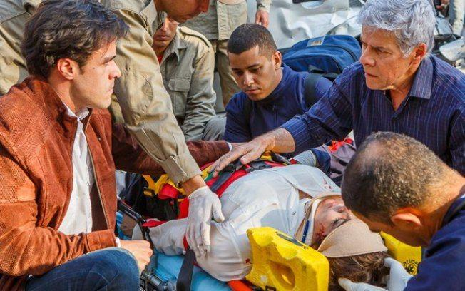 Império: Beatriz sofre grave acidente após ataque homofóbico