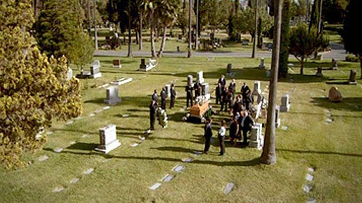 Mulher conhece namorado em seu funeral; conheça a história de Helen e Jack