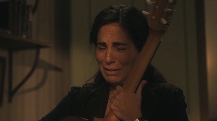 Éramos Seis: Morte de Carlos e emoção de Lola tocam o público na web