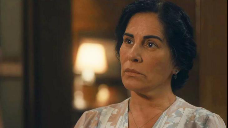 Éramos Seis: Ardilosa, Shirley conta segredo para Lola e a deixa arrasada