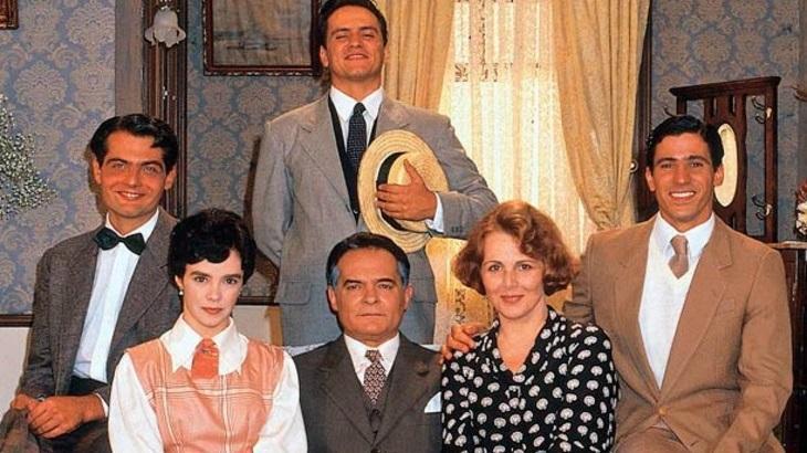 Othon Bastos e Irene Ravache encabeçavam elenco de versão da novela Éramos Seis produzida pelo SBT em 1994