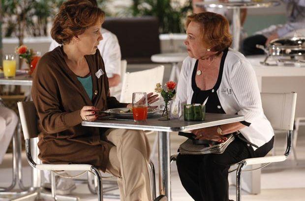 """A Vida da Gente: Eva renega Iná como mãe: \""""Você não é nada minha\"""""""