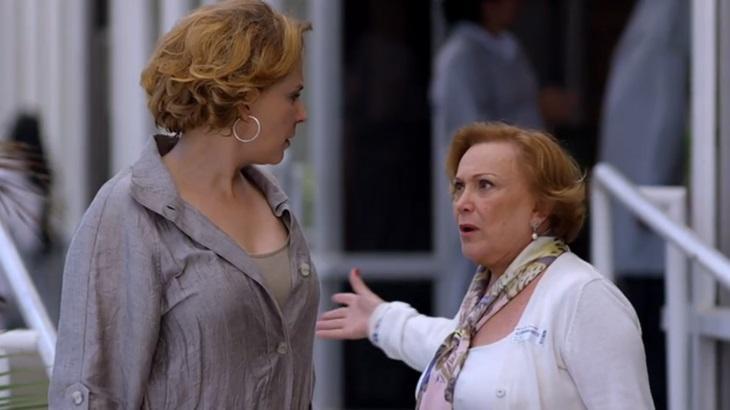 Ana Beatriz Nogueira e Nicette Bruno em cena da novela A Vida da Gente, em reprise na Globo
