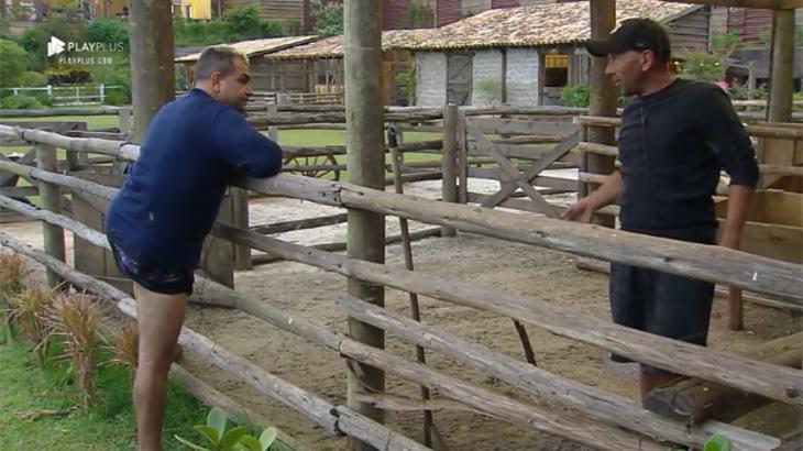 Evandro Santo e Rafael Ilha conversando