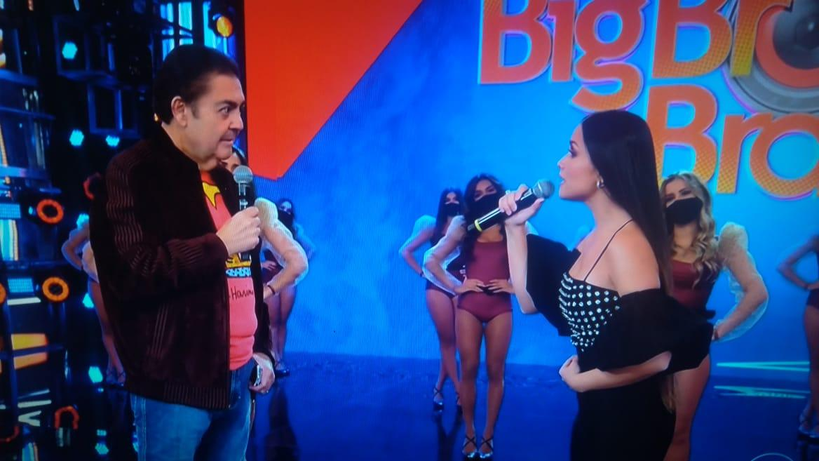 """Juliette canta e encanta Faustão: """"O Brasil escolheu você"""""""