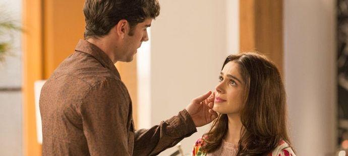 """Haja Coração: Felipe dá lição de autoestima em Shirlei e se declara: \""""Você é linda\"""""""