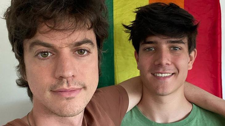 O cineasta Fernando Grostein e o namorado Fernando Siqueira