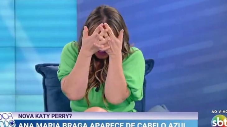 """No Fofocalizando, Flor diz que SBT está \""""às moscas\"""" e \""""em crise\"""""""