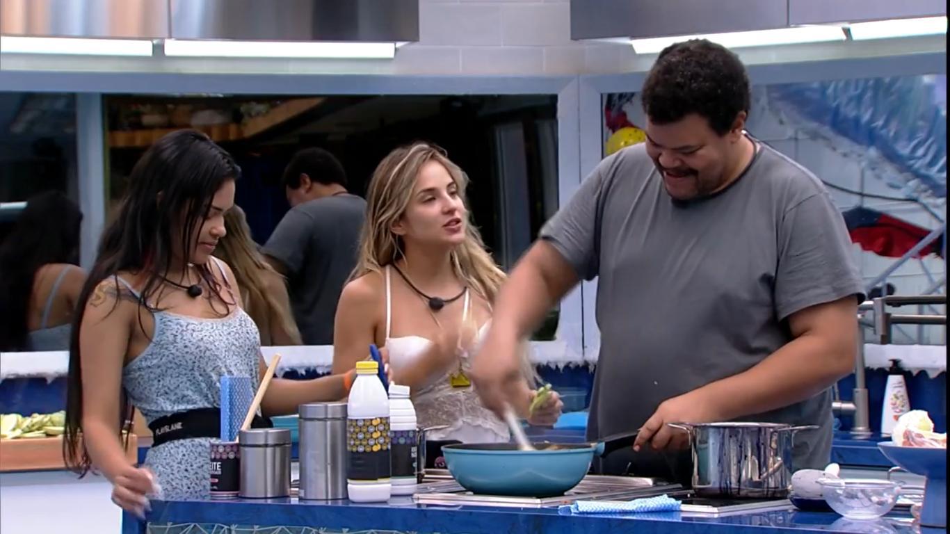 O ator Babu Santana também falou sobre o romance de Gabi Martins com Guilherme no BBB20