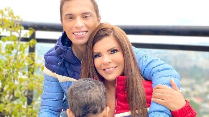 Gabriel Torres e Mara Maravilha abraçados ao filho Benjamim, de três anos