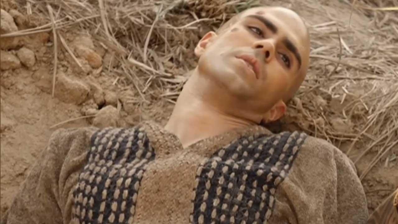 José cansado, prostrado num barranco