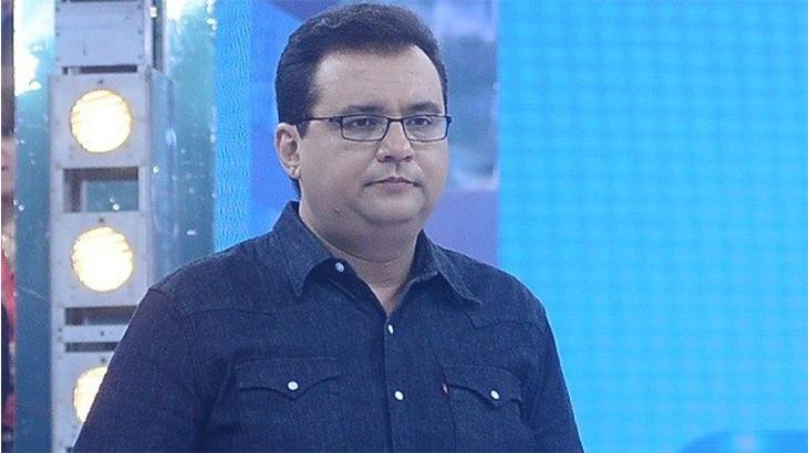 Geraldo Luís no estúdio do Domingo Show