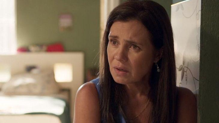 Amor de Mãe: Desmascarada, Thelma usa doença do neto para driblar Lurdes