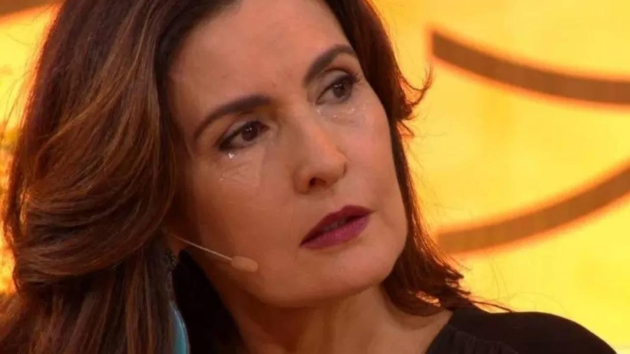 Fátima Bernardes chorando no Encontro