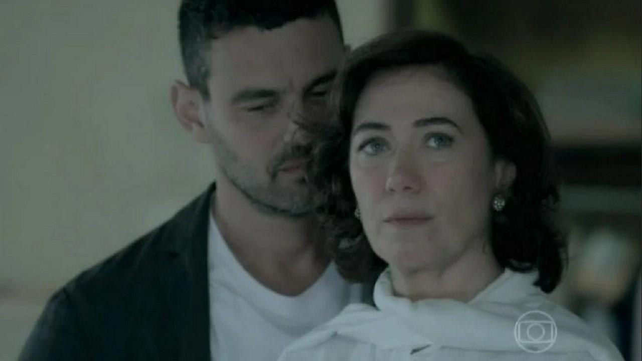 Lilia Cabrala e Carmo Dalla Vecchia atuando na novela Império