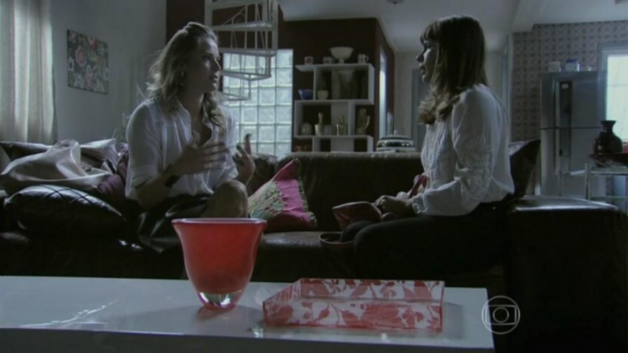 Danielle e Érika em cena da novela Império da Globo
