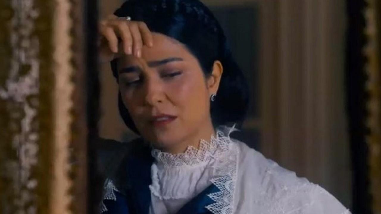 Cena de Nos Tempos do Imperador com Tereza Cristina chorando