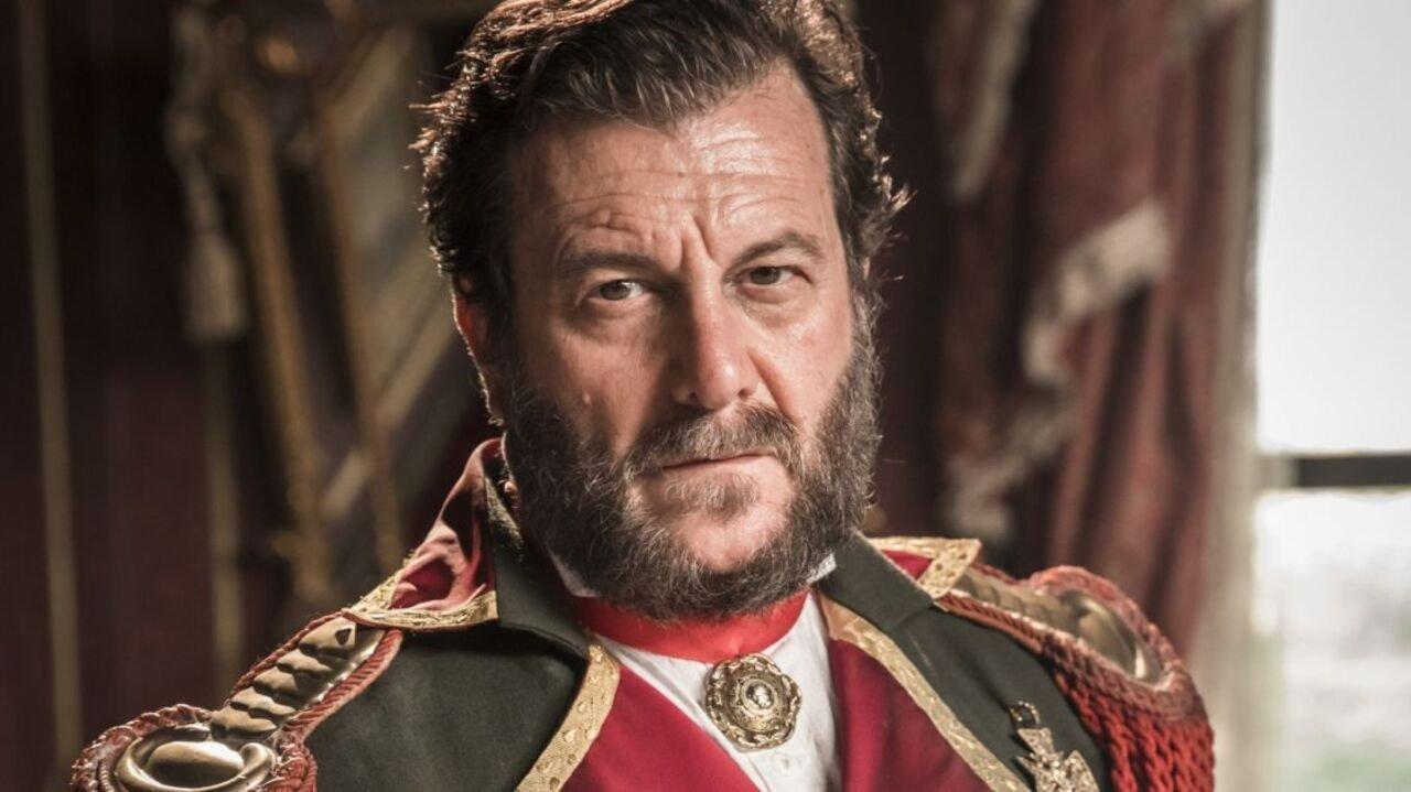 Roberto Bindirelli como o ditador paraguaio Solano López em cena da novela Nos Tempos do Imperador, da Globo