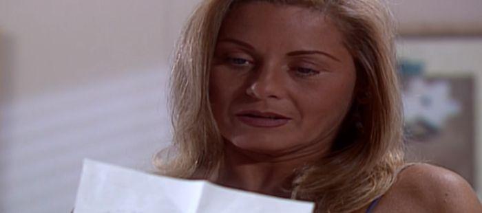 Laços de Família: Iris descobre segredo de Pedro e tenta envenená-lo com Camila
