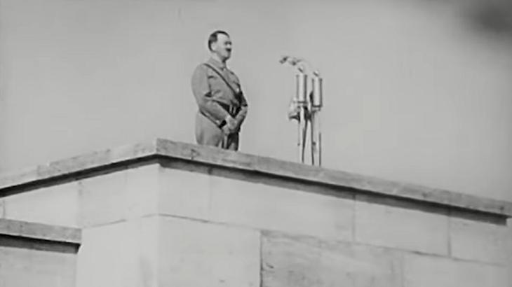 """Politicamente correto, \""""O Rei Leão\"""" corta musical com conotação nazista"""